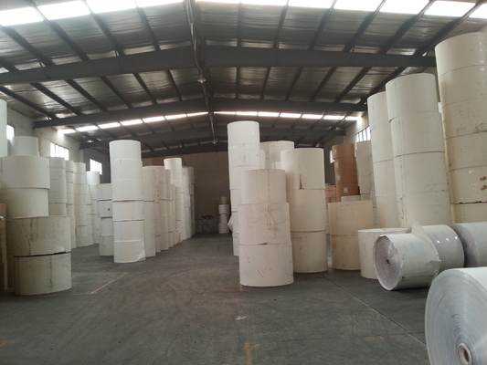 China PE Coated Printing Paper Roll for Manufacturing Paper Blank / Paper Fan / Paper Cup Sheets factory